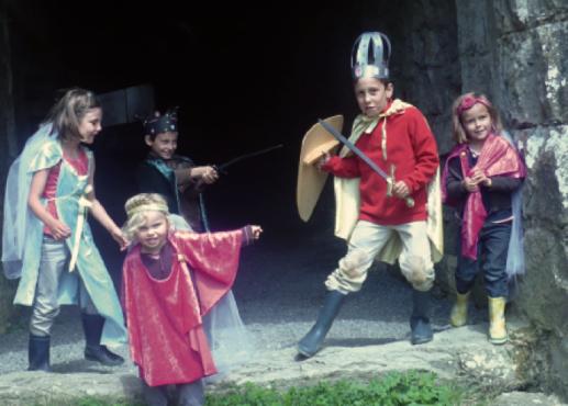 petits chevaliers et damoiselles